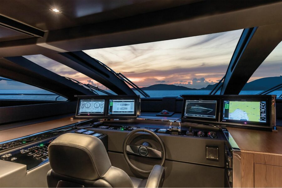 Why You Should Hire a Captain For Your Yacht